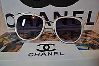 Солнцезащитные очки, цвет оправы белый, линза черная