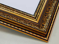 РАМКА  30х40.60 мм.Золотая с орнаментом.Для фото,дипломов,картин.