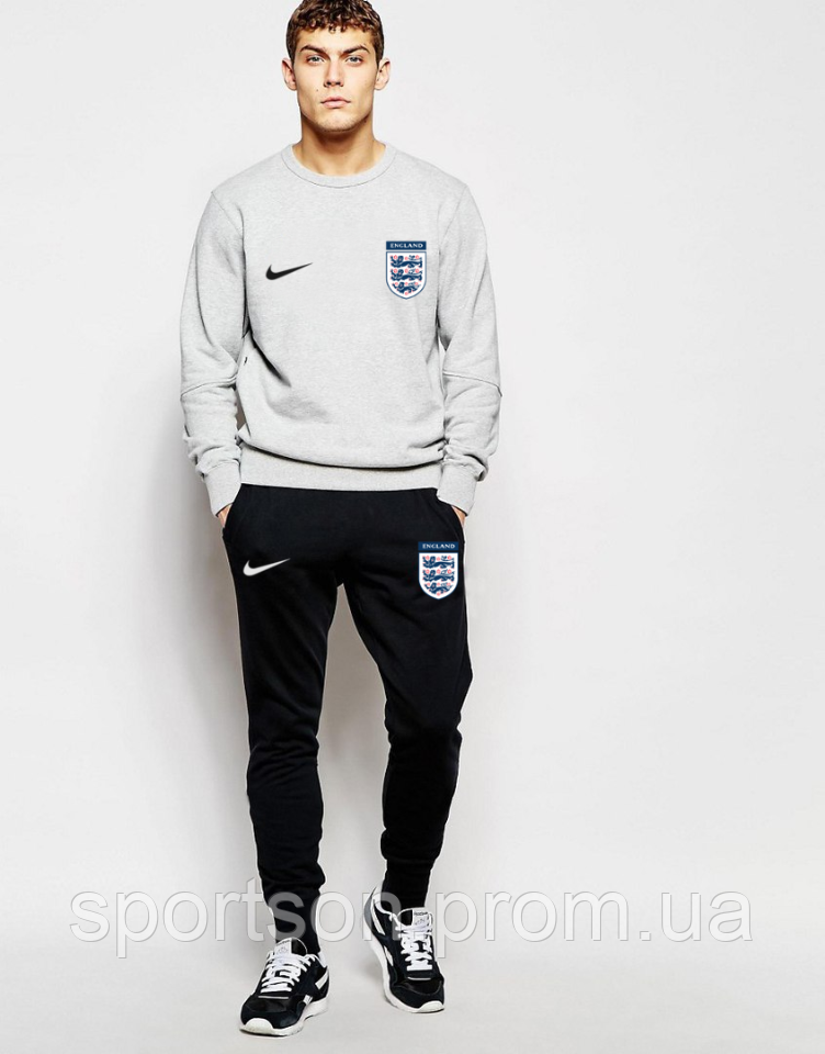 Спортивный костюм сборной Англии