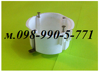 Установочные коробки (подрозетники) под гипсокартон или в полые стены с металлическими лапками.