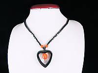 Бусы из гематита с сердечком (оранжевая вставка)