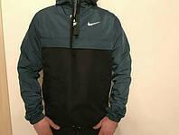 Спортивная мужская куртка-ветровка NIKE