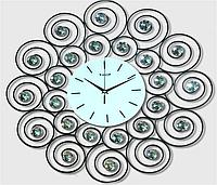 Часы из металла - завиток счастья