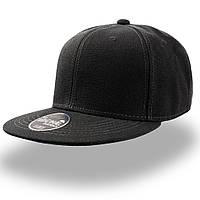 Черная кепка прямым козырьком (Snapback)
