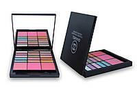 Тени для век и румяна Chanel 15 EyeShadow & 3 Blusher