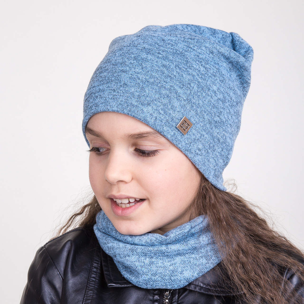 Весенний комплект для девочки из шапки и хомута - Артикул 2042