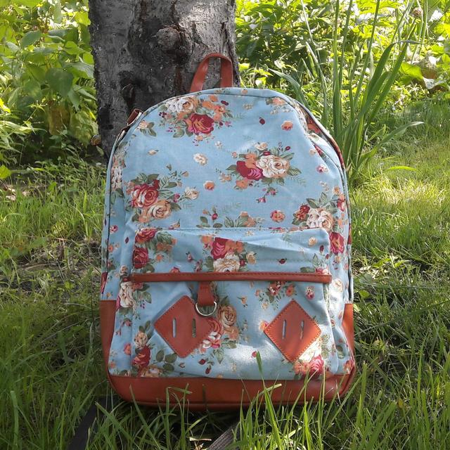 Школьный рюкзак Цветы