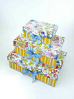 Прямоугольная подарочная коробка ручной работы яркая с цветочным принтом и бирюзовым бантом