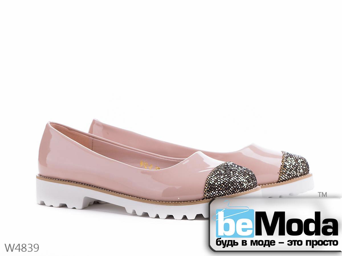 Модные женские туфли Meideli Beige/Golden на белой тракторной подошве с блестящей вставкой на носке бежевые - Модная одежда, обувь и аксессуары интернет-магазин BeModa.com.ua в Белой Церкви