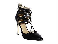 Женские кожаные туфли на каблуке cо шнуровкой на щиколотке