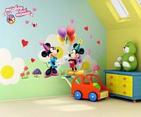 """Интерьерная наклейка на стену в детскую - """"Микки Маус. День рождения"""""""