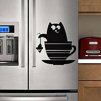 Виниловая наклейка на холодильник ( Кот и мышь ) от 20х15 см