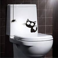 Виниловая наклейка интерьерная ( кот и паук ) (от 17х20 см)