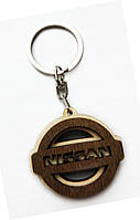 Брелок деревянный Nissan