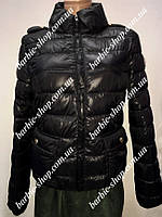 Молодежная женская курточка черного цвета 10301
