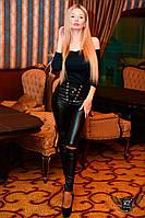 Кожаные женские лосины с разрезом на коленках черные