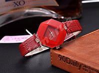 Кварцевые женские часы Octaedre Red