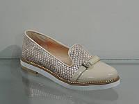 Стильные женские туфли лак-кожа натуральная рептилия бежевая