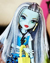Кукла Monster High Фрэнки Штейн (Frankie Stein) Первый день в школе Монстер Хай Школа монстров