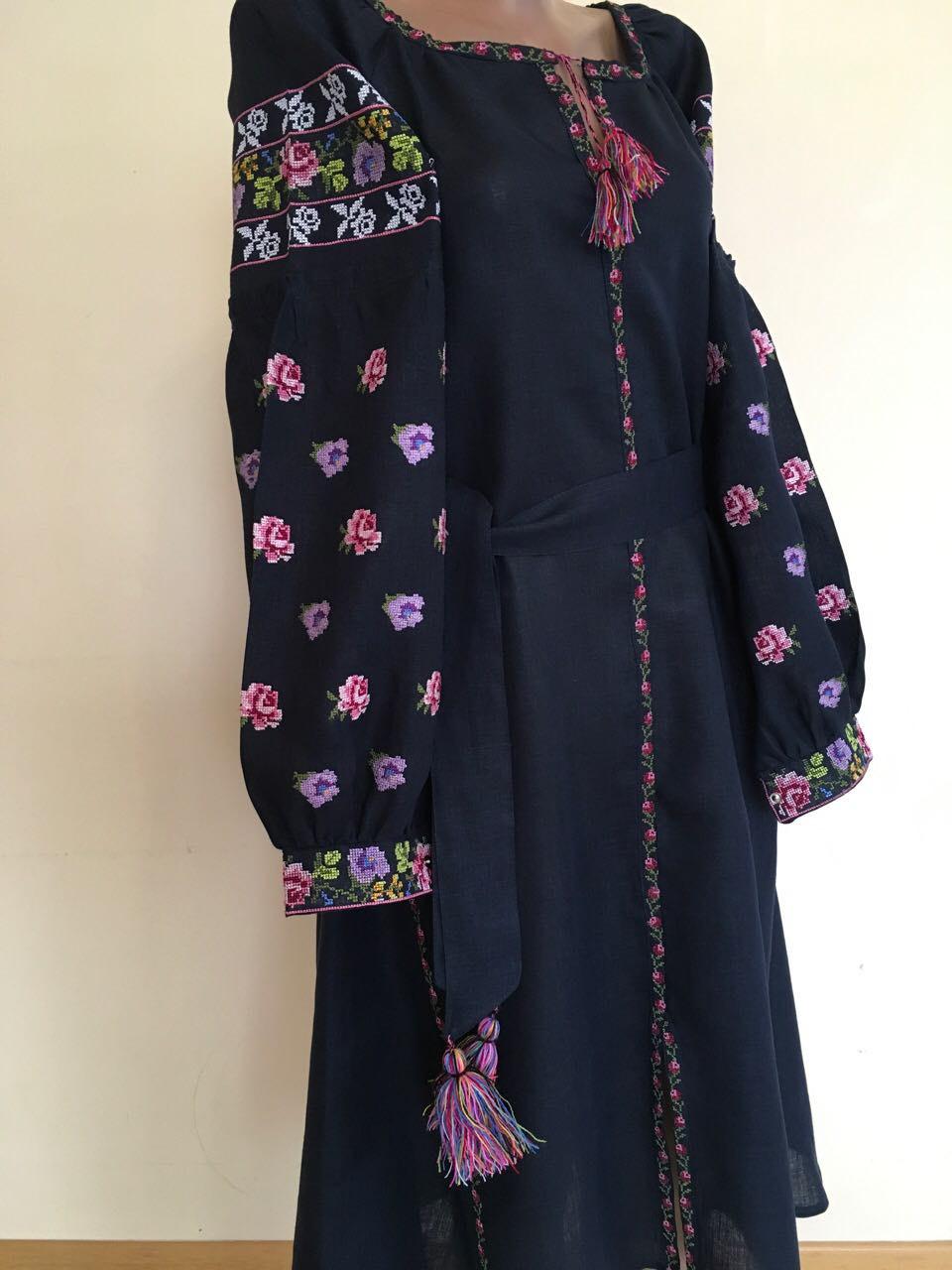 44bb5a59701746 Сукня жіноча на льоні вишита
