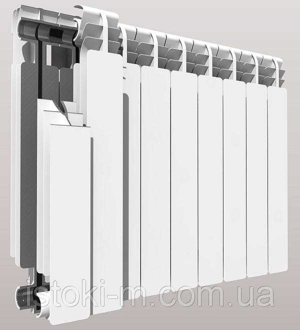 Перекрывать оба запорных вентиля на входевыходе радиатора