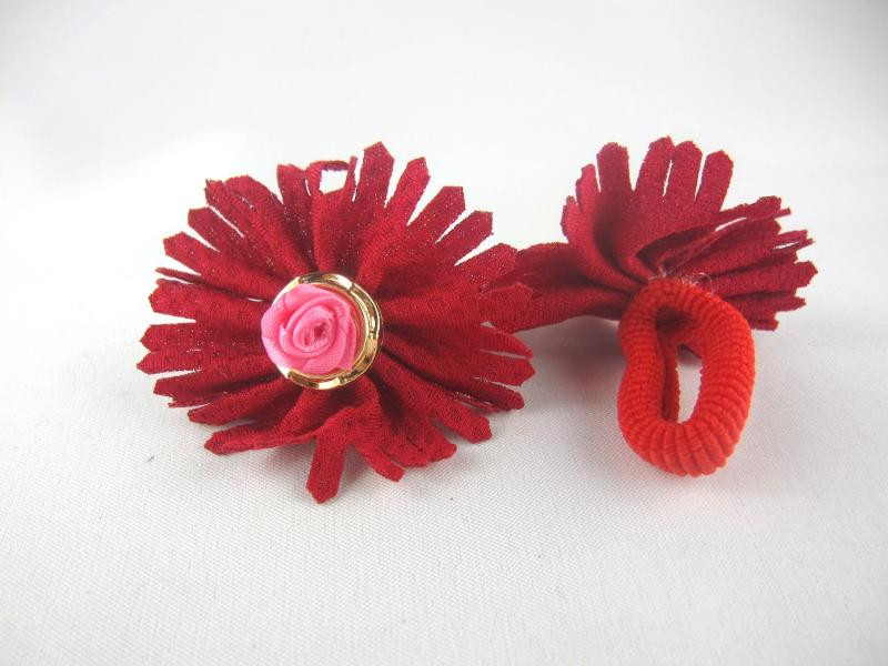 Резинка для волос нейлоновая с украшением (диаметр -2,5 см) (20 штук в упаковке)