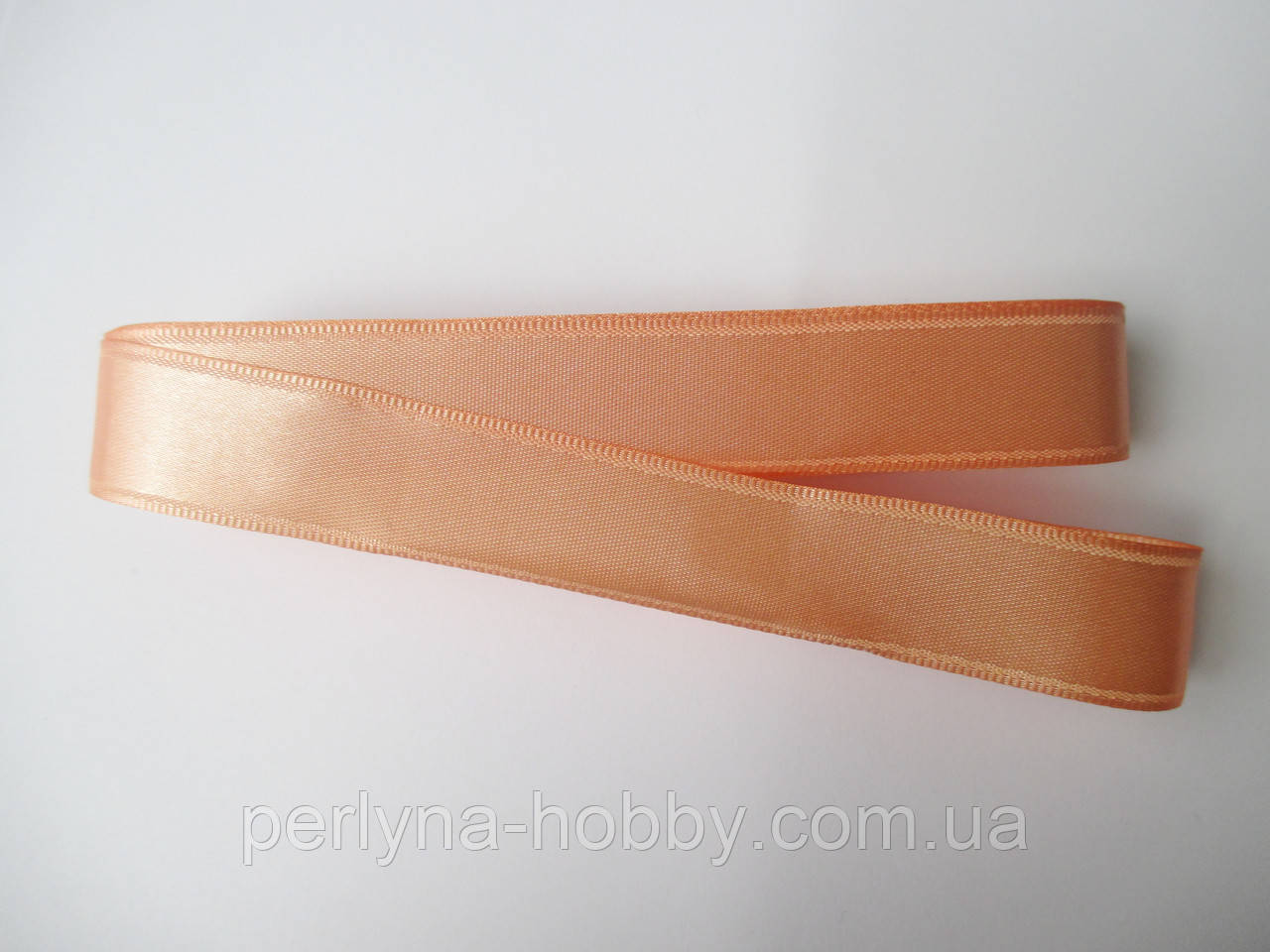 Стрічка атласна  двостороння 2см ( 10 метрів) абрикосова яскрава Н-29