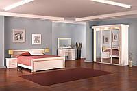 Спальня изящная шкаф-купе двухи трех дверный, прикроватные тумбы, комод, зеркало,кровать без матраса Донателла