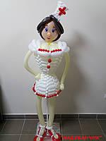 Медсестра з повітряних кульок