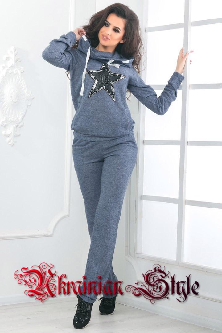 Женский спортивный костюм цветы