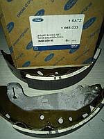 Колодки тормозные  задние Форд Эскорт 95 - Coureir 96 - ( КА )   оригинал  1065033