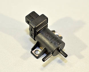Клапан управління турбіни на Renault Trafic II 06->2014 2.0 dCi + 2.5 dCi — Renault (Оригінал) - 8200762162