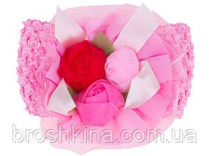 Детская повязка на голову с розами светло-розовая