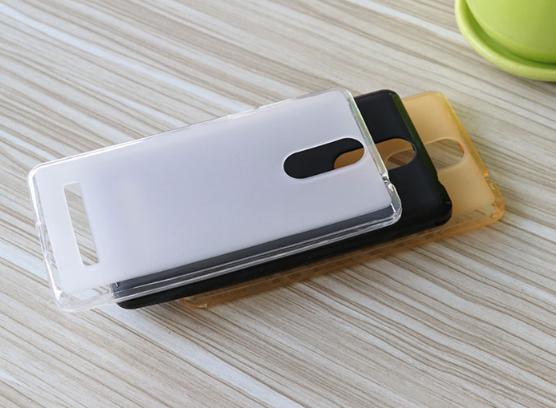Силіконовий чохол-бампер Soft-touch для Leagoo M8 / M8pro / є скло /