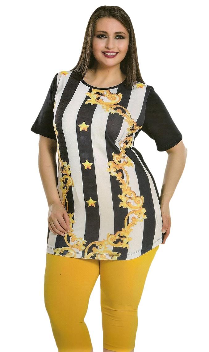 Костюм женский футболка и бриджи