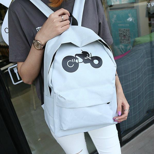 Рюкзак с мотоциклом