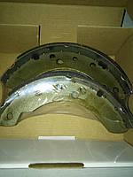 Колодки тормозные задние Ford Sierra  2.0  LEADERPARTS  6559230