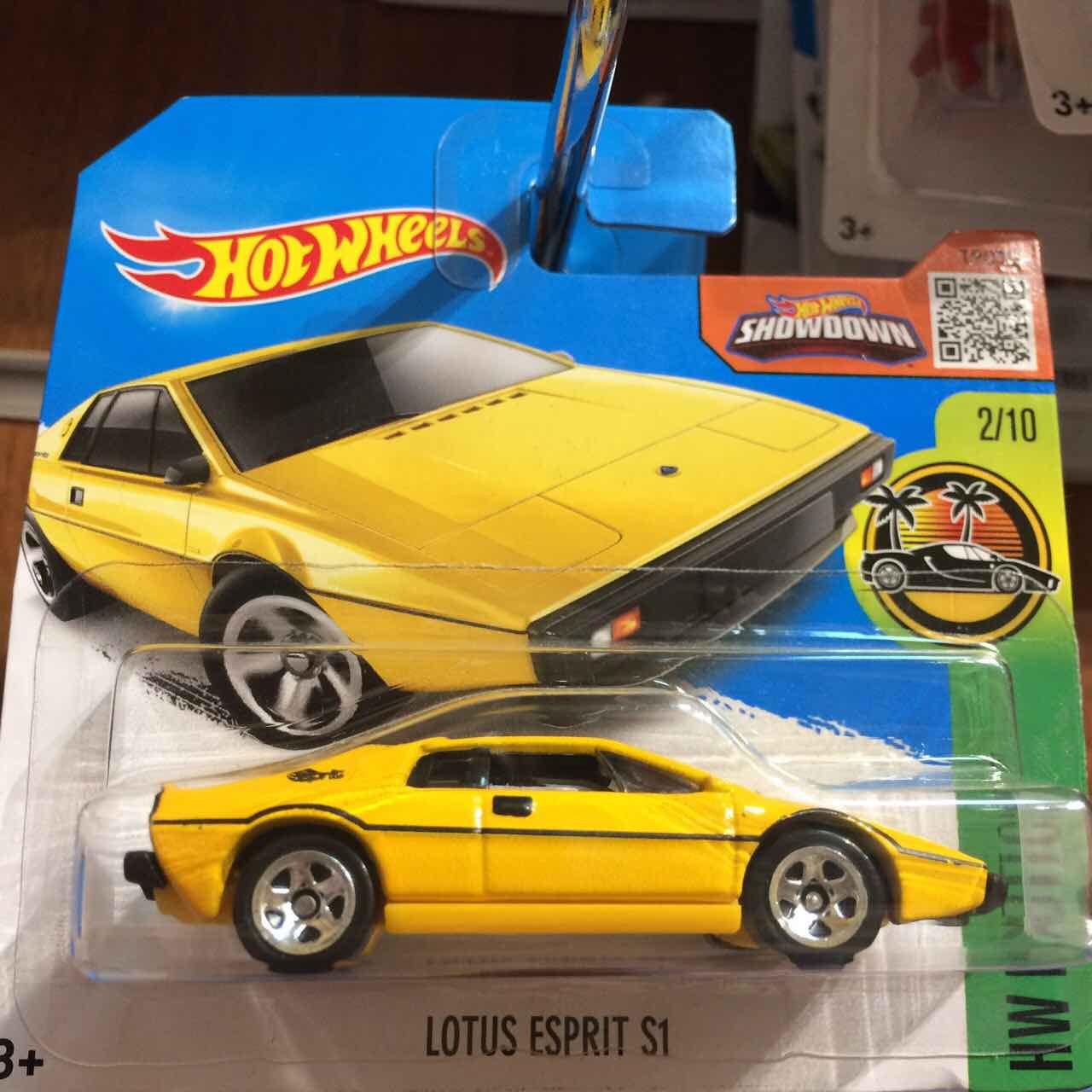 Hot Wheels базова модель Lotus Esprit S1