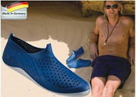 А Ви готові до відпустки? Як обрати аквашузи і подбати про безпеку ніг під час купання.