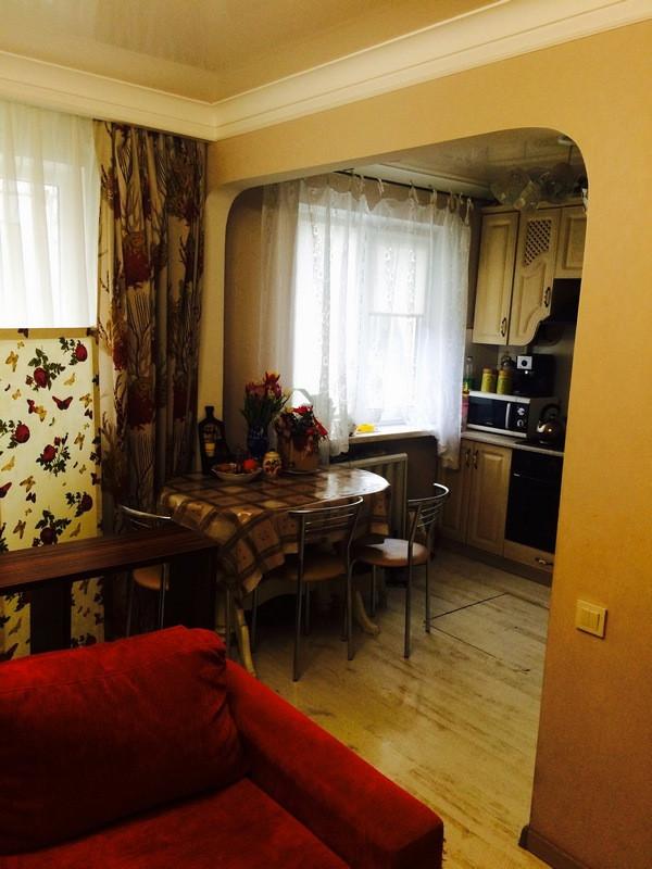 3 комнатная квартира улица Генерала Петрова