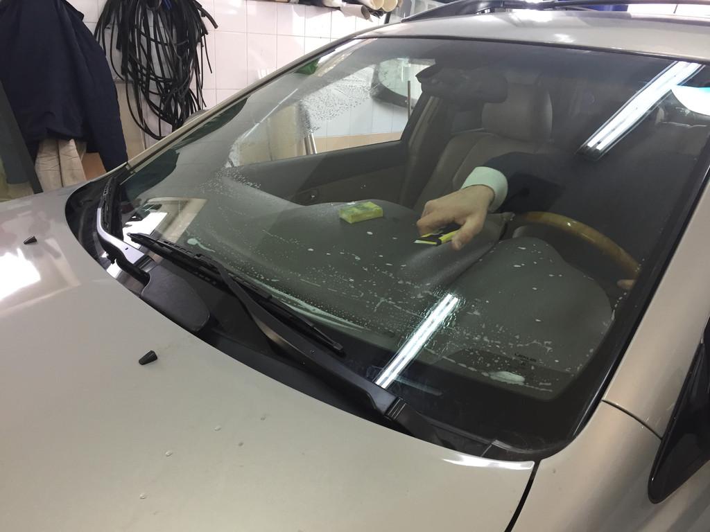 Тонировка лобового стекла Lexus