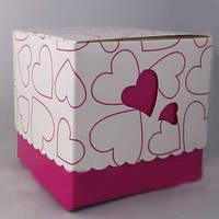 Упаковка для чашек картон сердце с принтом розовая