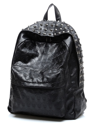 Городской рюкзак с черепками и заклепками