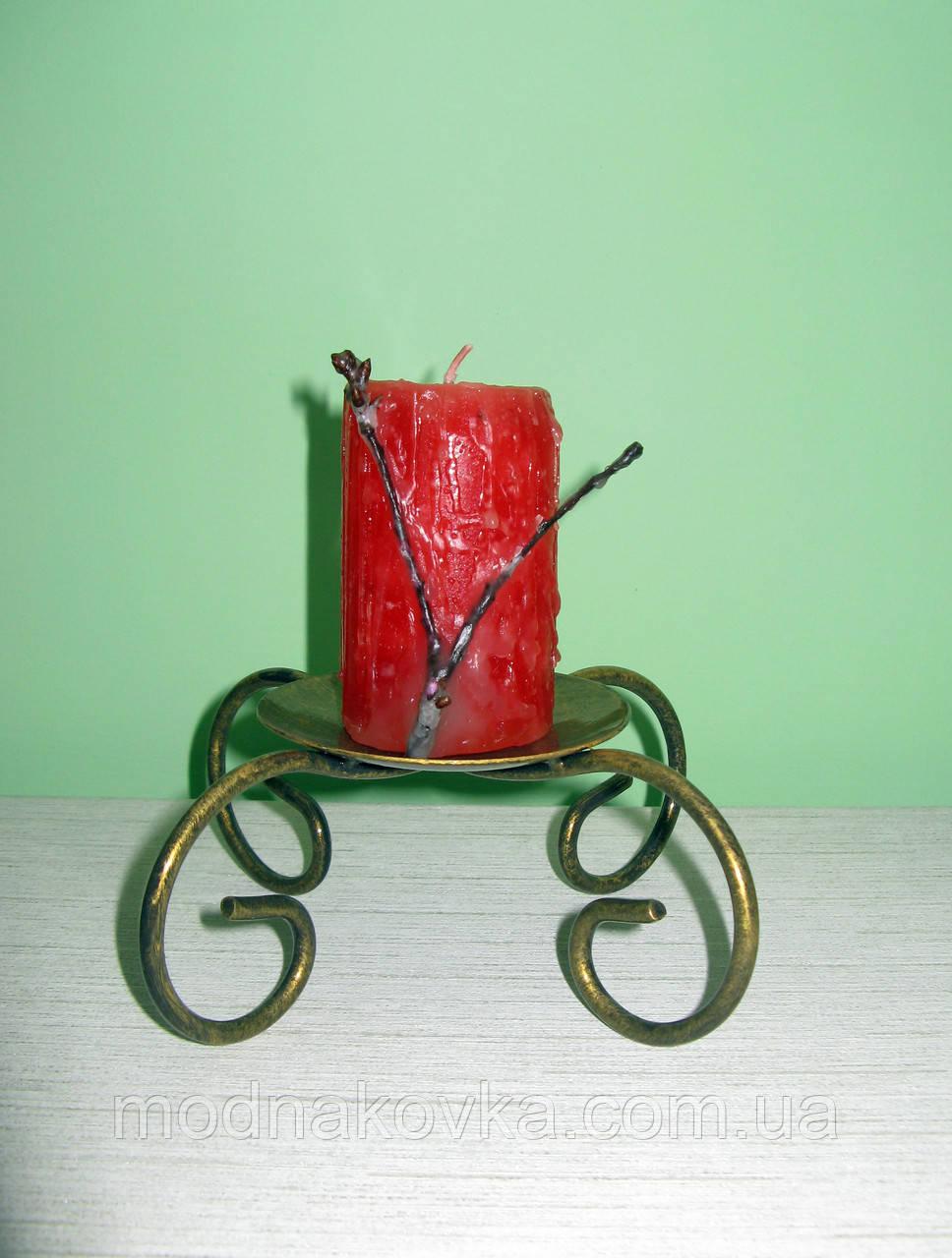 Кованый подсвечник на 1 свечу
