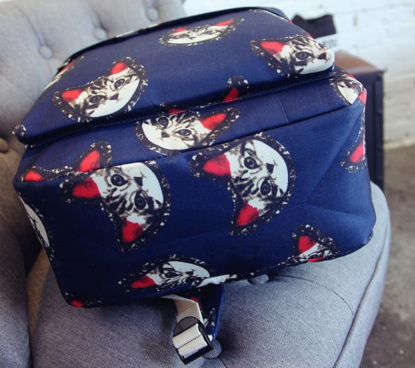 Стильный рюкзак с котиками