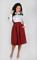Модная пышная юбка высокой посадки, длины за колено, бордового цвета
