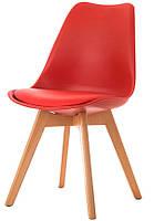 Стул Тор из серии DSM Eames Style, красное пластикое сиденье с мягкой подушкой и деревянные буковые ножки