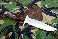 Нож нескладной из хорошей стали, с упором, в комплекте кожаный чехол.отличный подарок мужчине .Надежная сталь
