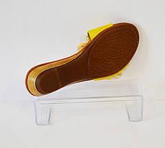 Желтые женские шлепанцы Dessy, фото 2