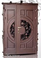 """Двери входные со стеклопакетом и ковкой полуторные """"КАЛИПСО"""""""